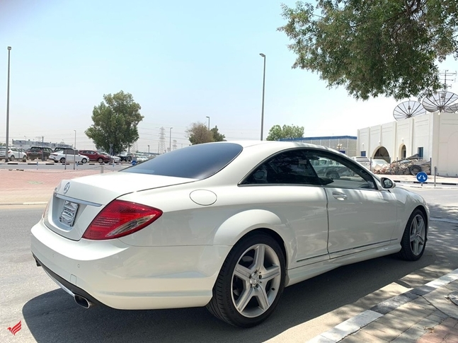 MERCEDES BENZ CL550 V8 AMG KIT FULL OPTION PEARL WHITE MODEL 200