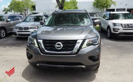 Used 2017 Nissan Pathfinder Platinum