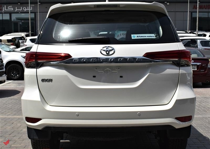 TOYOTA FORTUNER -V4 EXR MODEL 2018 COLOR WHITE CAR SPECS IS