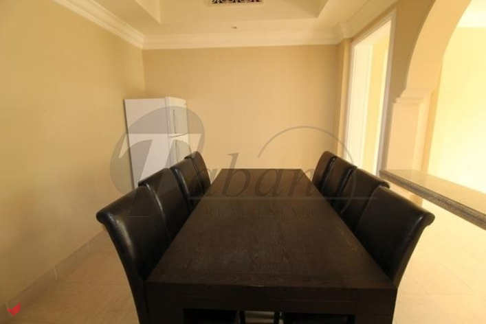Fountain View, Unique, Unfurnished 2 BR