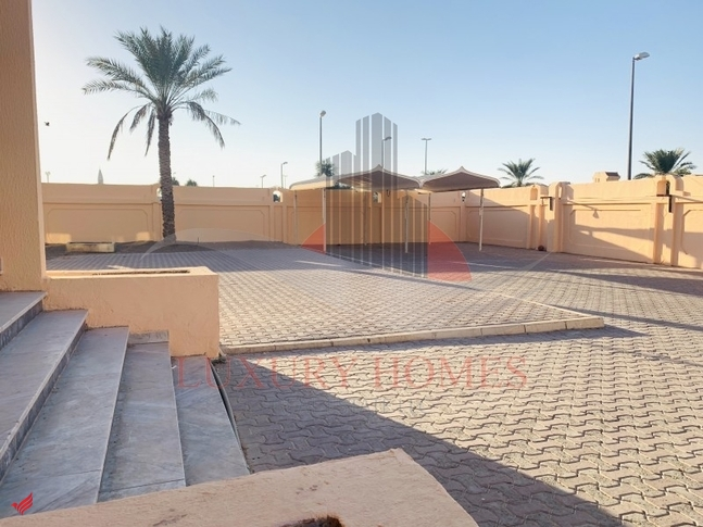 Street View| Ground FloorBig garden area