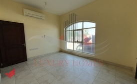 Ground Floor Corner Apt with Spacious Master Rooms