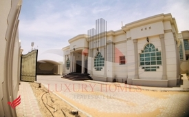 Fully Independent Ground Floor Villa with Driver