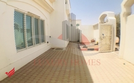 Duplex Private Villa W/H Big Private Yard