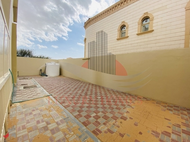 Private Entrance Villa Close to Wahat Al Ain 24/7