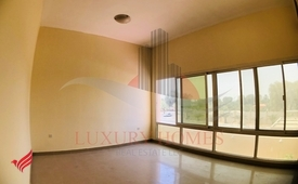 Swimming Pool & Garden View with Furnished Kitchen