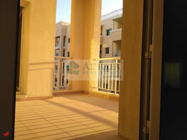 Spacious 2 BHK Close Kitchen With Large Balcony.