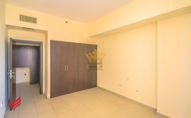 A/C Free - 1 BHK - Rent  50K 6 Payments.