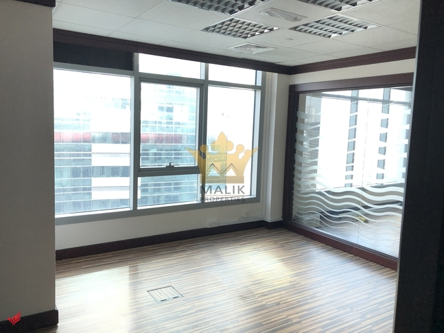 Fitted|Glass Partitioned |2 Manager Room