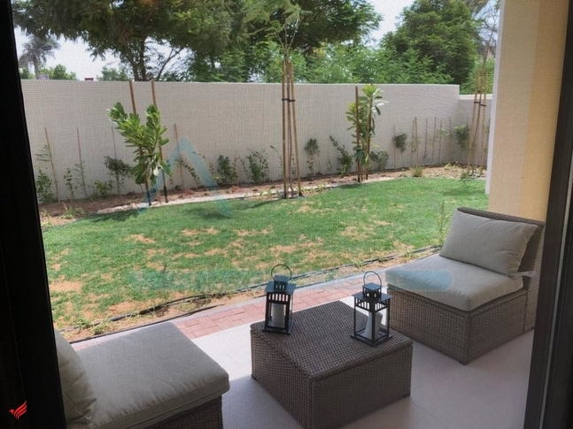 Brand New Near to Swimming Pool and Park