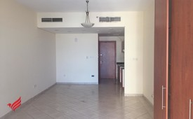 Unfurnished Studio | Lake View | Multiple Cheques