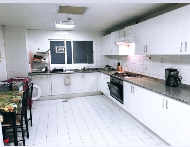 NEAR SHARAF DG MS:BED SPACE AND BIG MASTERS BEDROOM FOR FAMILY OR BACHELORS