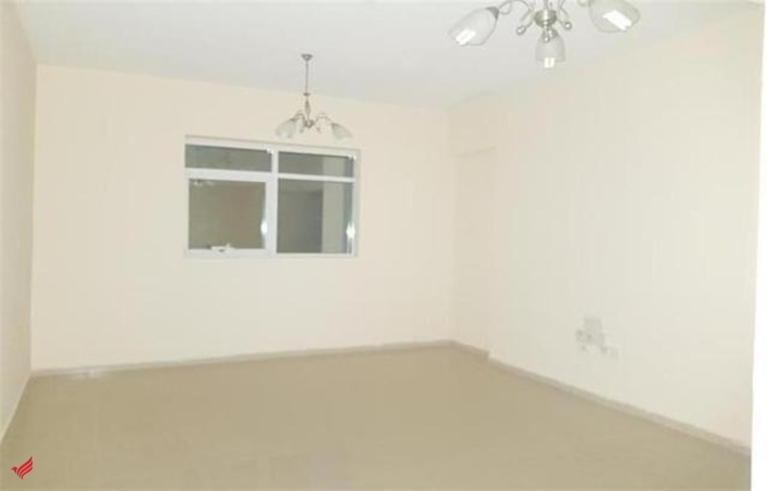 LAST CHANCE HUGE 1 BEDROOM HALL JUST 22K IN 6 CHQS