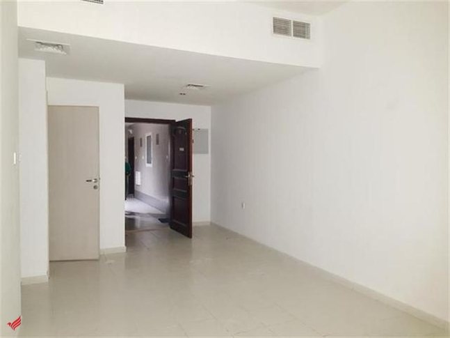 SPECIAL OFFER HUGE 2BHK ONLY 30K WITH BALCONY BIG WADROBE CLOSE HALL
