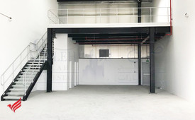 Jabel ali industrial area 2745sqft warehouse