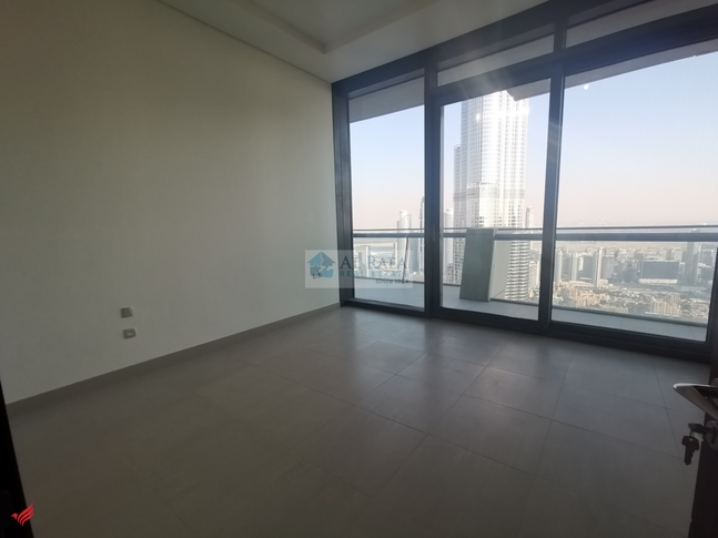 4 Bhk Penthouse in Burj Vista, Vacant Available