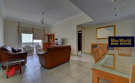 Lake view, fully furnished 2  bed apartment