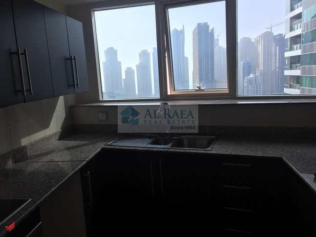 1BEDROOM APPARTMENT WITH BALCONY IN O2 .