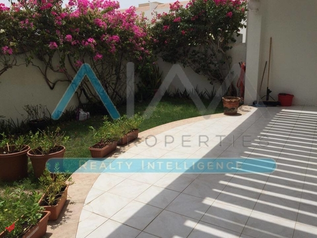 Renovated | 4 BHK Compound Villa with Pool