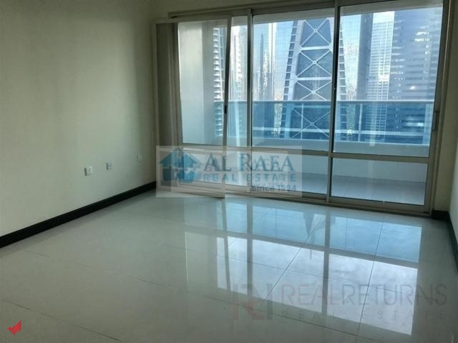 large 1bhk with beautiful view in O2 tower.