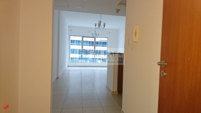2 BHK APARTMENT FULL FACILITY GARDEN VIEW.