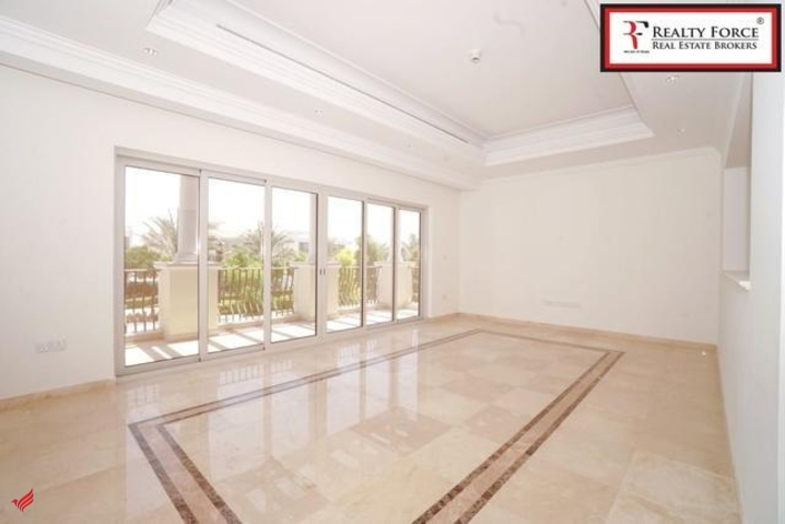 BREATH TAKING VIEW| UPGRADED 3 BR FOR SALE| CALL FOR VIEWING!
