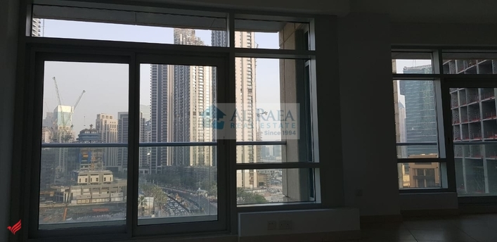 2 BHK with Burj Khalifa View, Rented Unit