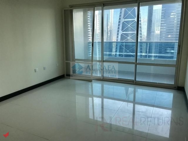 large 1bhk with beautiful view in O2 tower