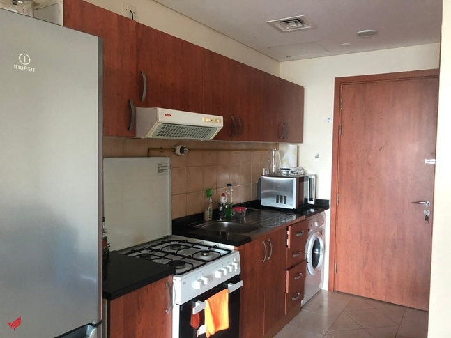 Lake and Golf View | Studio in Crescent