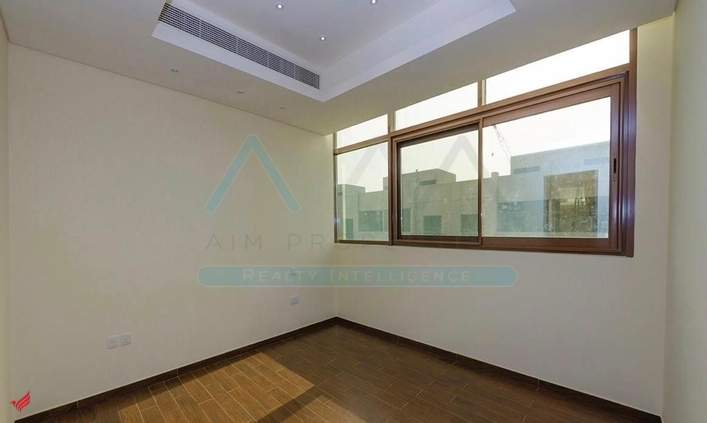 Ready to move in_4BR+maid Villa_Nxt to Meydan Mall
